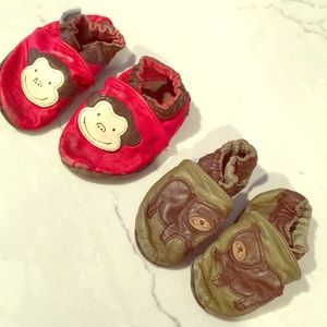 2 pairs of 6-12 month Robeez